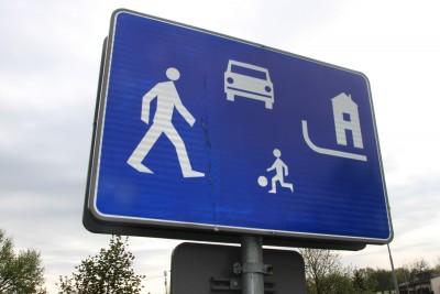Znak drogowy - strefa zamieszkania - SF