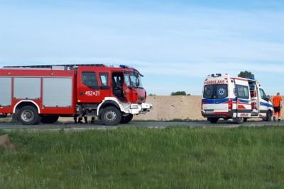 ambulans, straż pożarna - na sygnale - MR-1