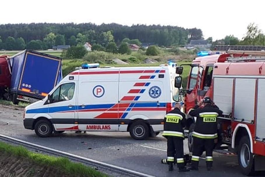 ambulans, straż pożarna - na sygnale - MR