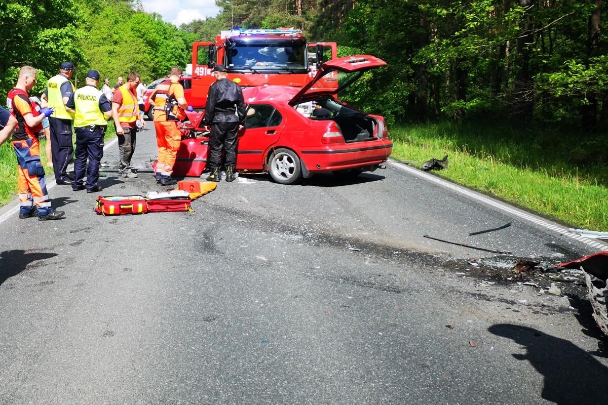 wypadek DW241 Szczepice - Robert Koniec (2)