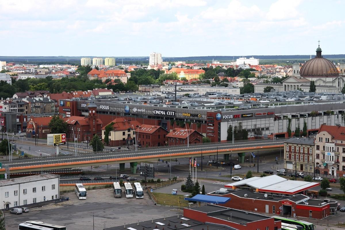 Bydgoszcz - widok na CH Focus, Dworzec Autobusowy, ul Ogińskiego - SF