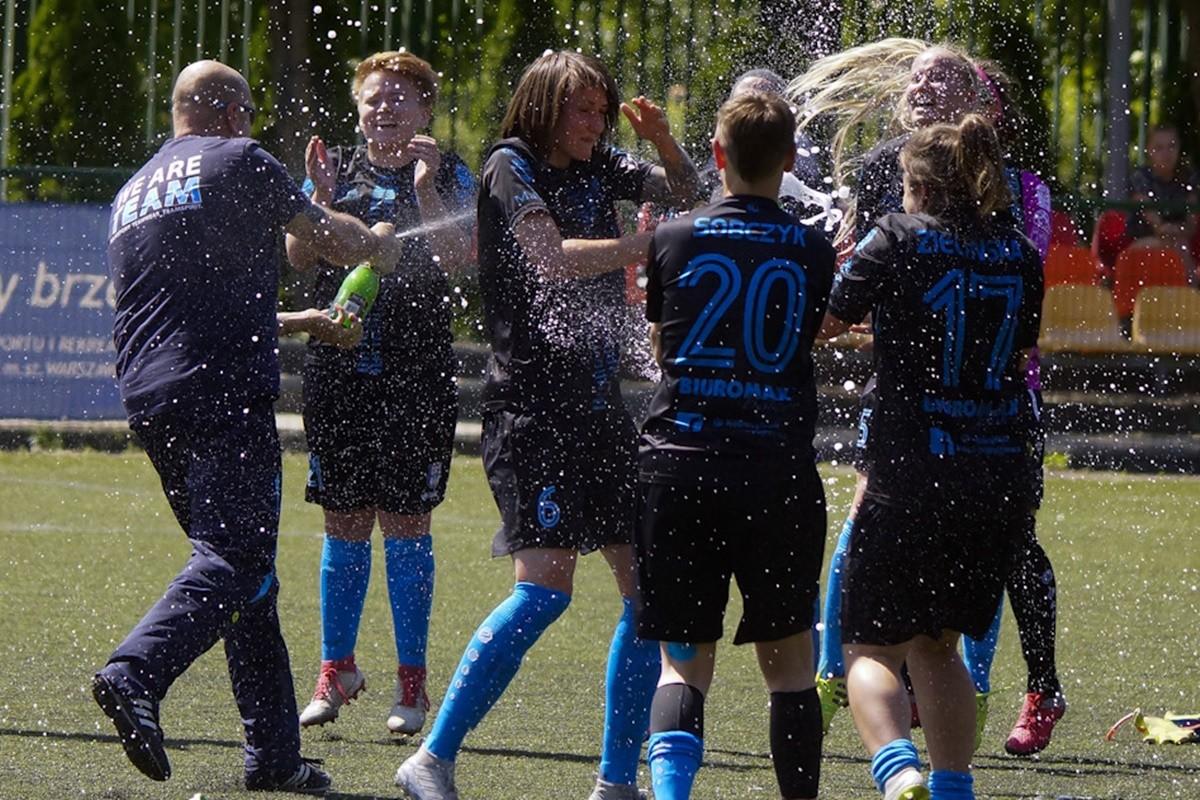 I liga piłki nożnej kobiet_ Praga Warszawa - KKP Bydgoszcz_ AR (28)