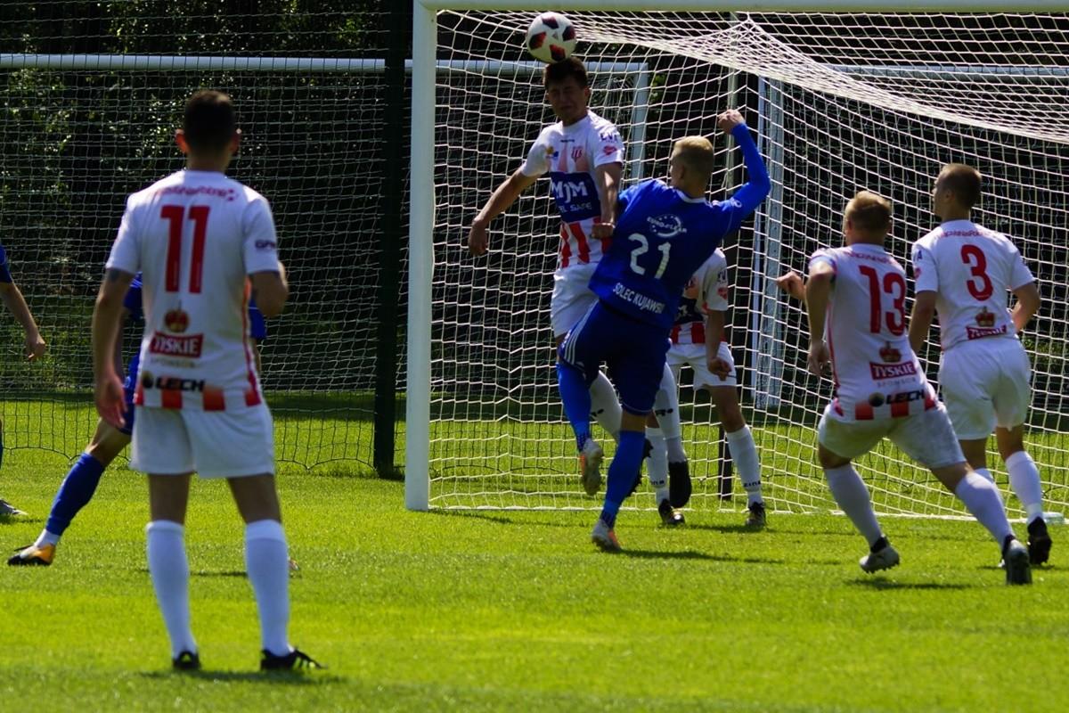 IV liga piłki nożnej_ Unia Drobex Solec Kujawski - KP Polonia Bydgoszcz_ AR (37)