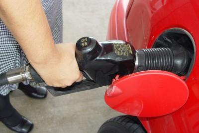 tankowanie, stacja paliw - freeimages