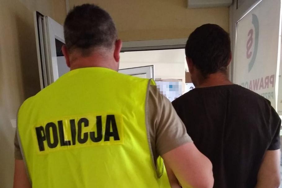 zatrzymanie_ podpalenie kontenerów na Błoniu - KWP Bydgoszcz