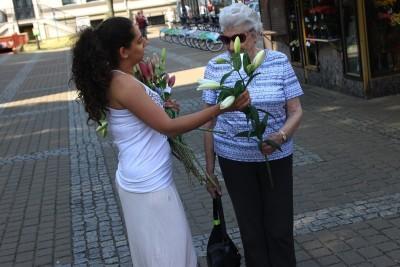 15-07-2019_ Kwiaciarki - plac Wolności Bydgoszcz, podziękowanie za wsparcie - SF (16)