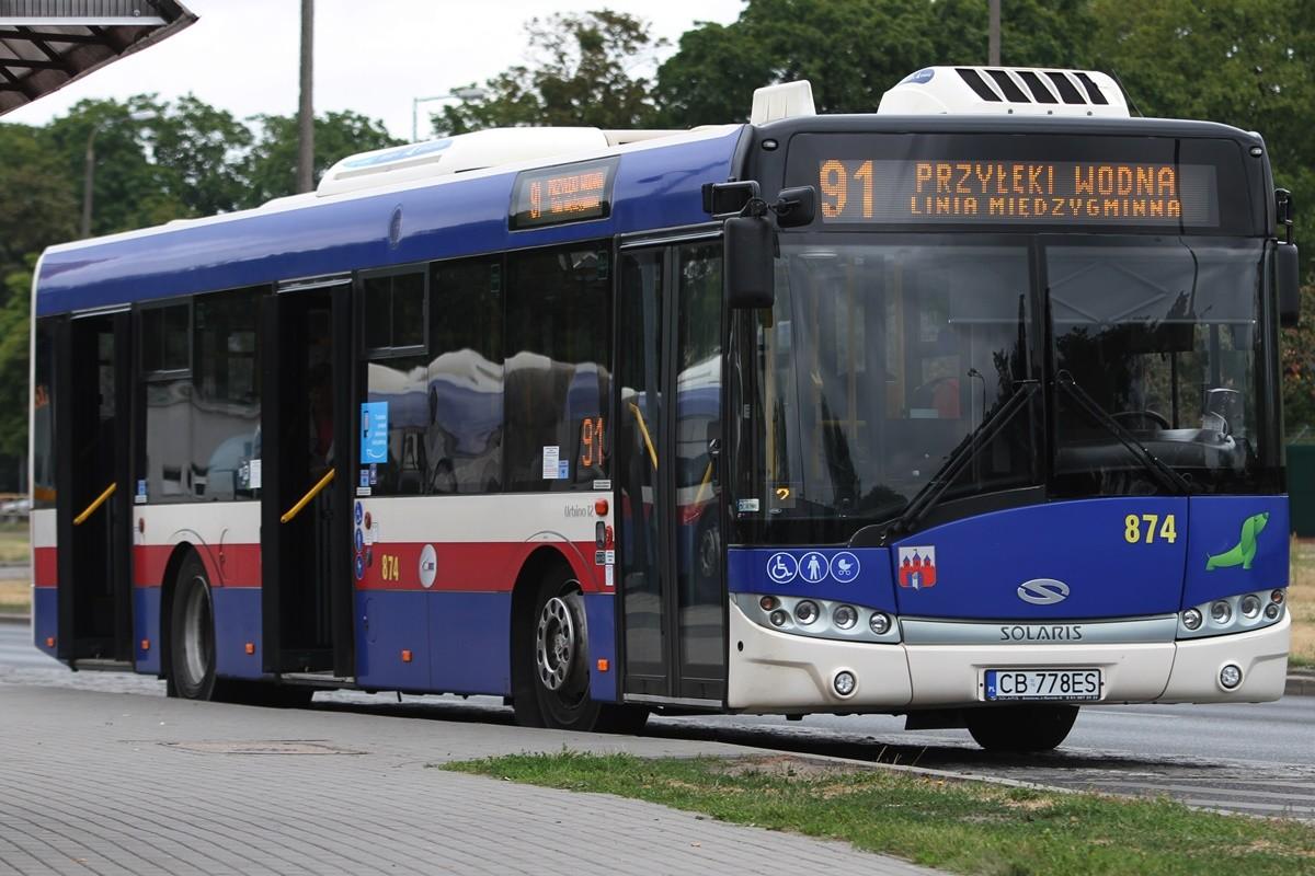 Autobus - linia międzygminna 91, kierunek Przyłęki - pętla Błonie - SF