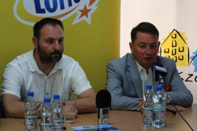 Zbigniew Leszczyński, Tomasz Rega - SF