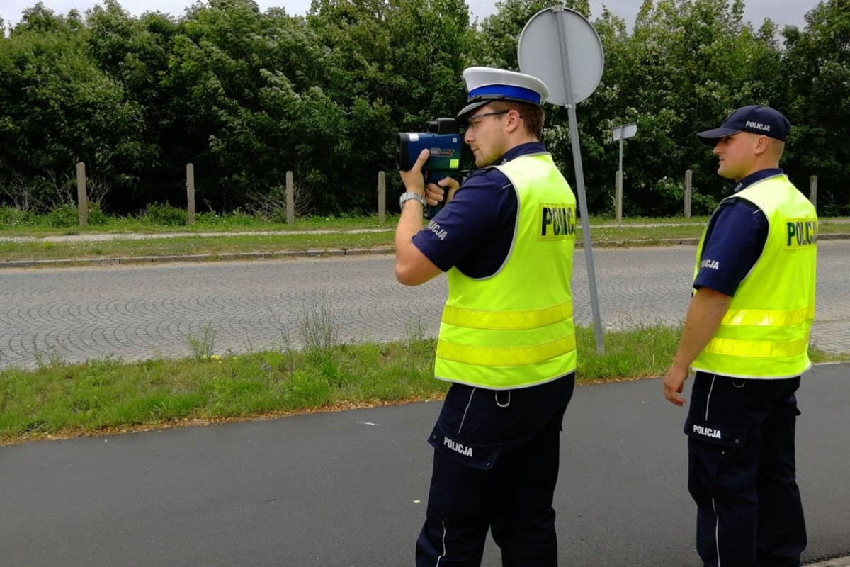 policja - kaskadowy pomiar prędkości - KPP Świecie-1