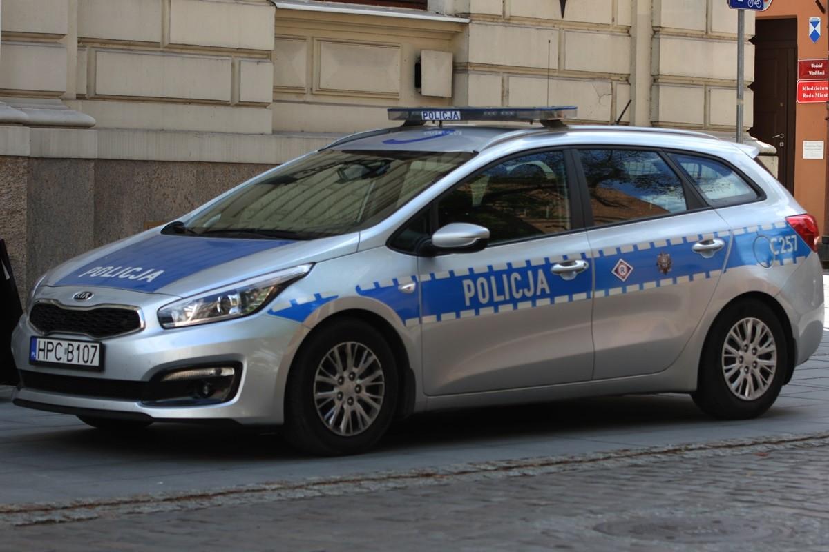 policja - kujawsko-pomorskie - na sygnale - SF