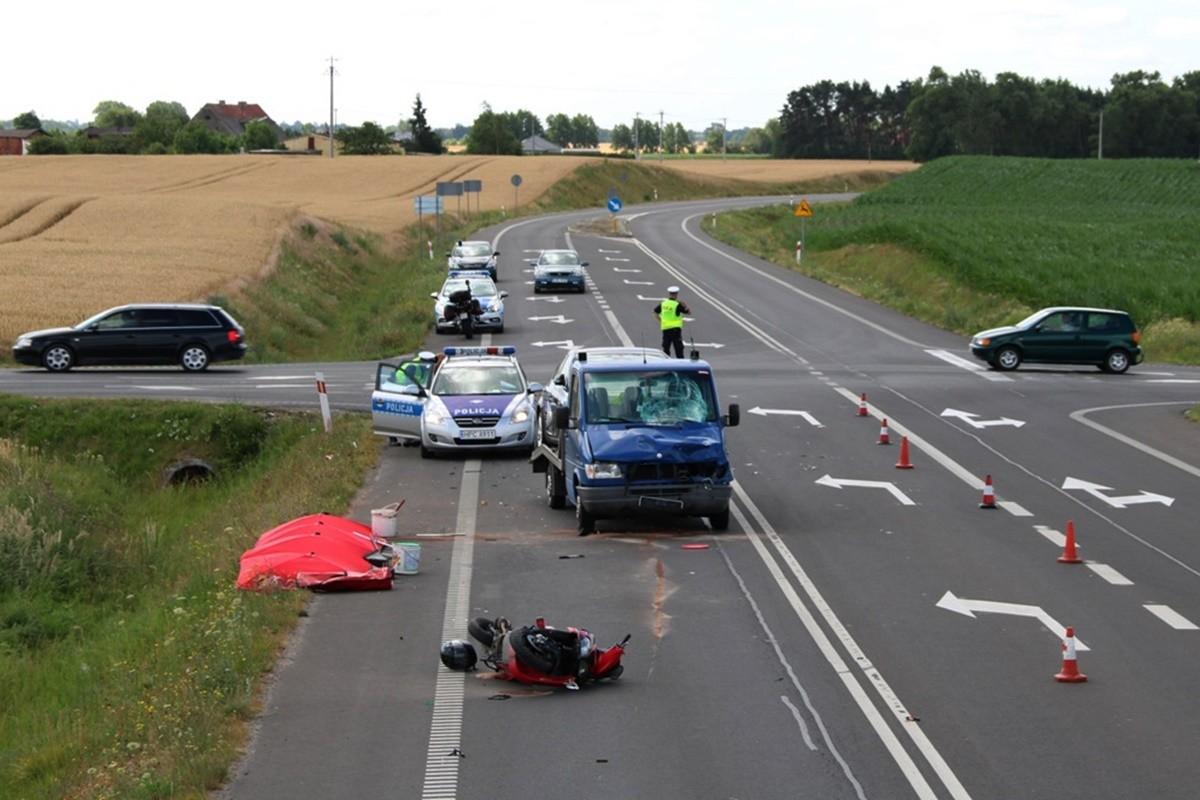 wypadek - obwodnica Mogilna_ KPP Mogilno (1)