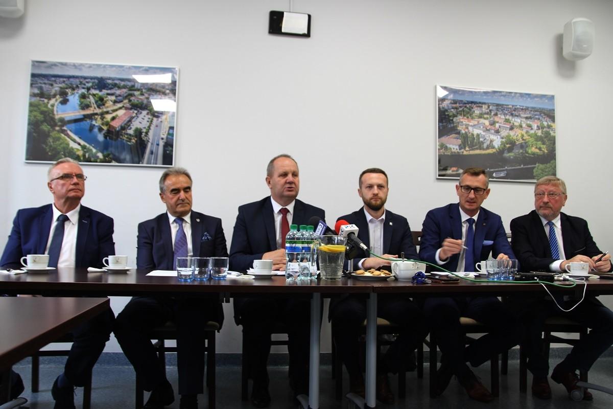 Janusz Dzięcioł, Ryszard Bober, Zbigniew Sosnowski, Paweł Szramka, Dariusz Kurzawa, Krzysztof Sikora - SF