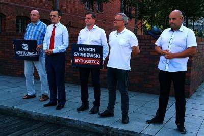 Maciej Borkowski, Damian Gastoł, Marcin Sypniewski, Leszek Posłuszny - konferencja Konfederacji - mat. prasowe