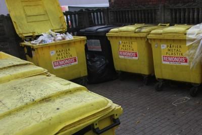 śmieci - odpady - segregacja - SF (2)