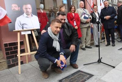 12-10-2019_ odsłonięcie autografów, Bydgoska Aleja Autografów - Tomasz Sekielski, Marek Sekielski - SF-1