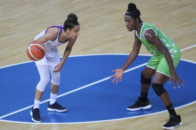 17-10-2019_ Puchar Europy FIBA, grupa E - 1 kolejka_ Artego Bydgoszcz - ACS Sepsi_ Briana Kiesel - Shae Marie Kelly - SF