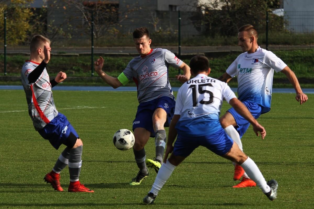 26-10-2019_ piłka nożna, IV liga kujawsko-pomorska Budowlany KS Bydgoszcz - Orlęta Aleksandrów Kujawski - SF (25)