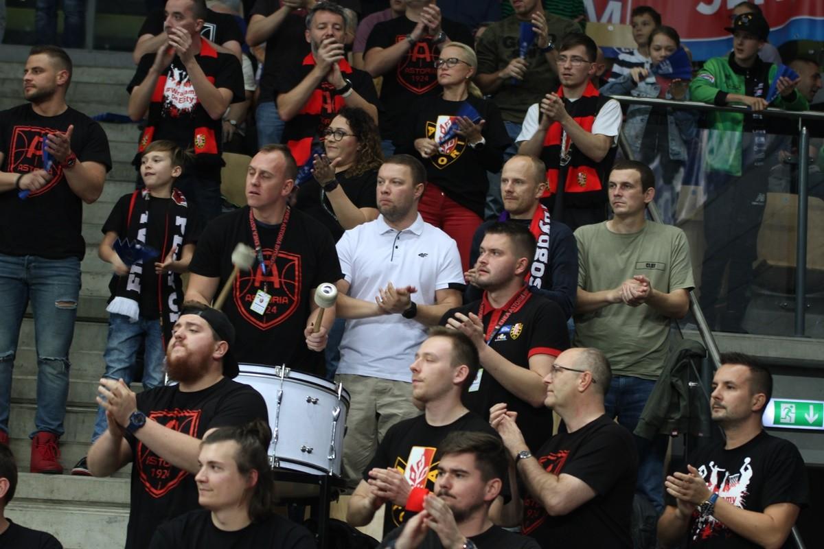 27-10-2019_ koszykówka, Energa Basket Liga_ Enea Astoria Bydgoszcz - Stelmet Enea BC Zielona Góra_Astoria-kibice - SF