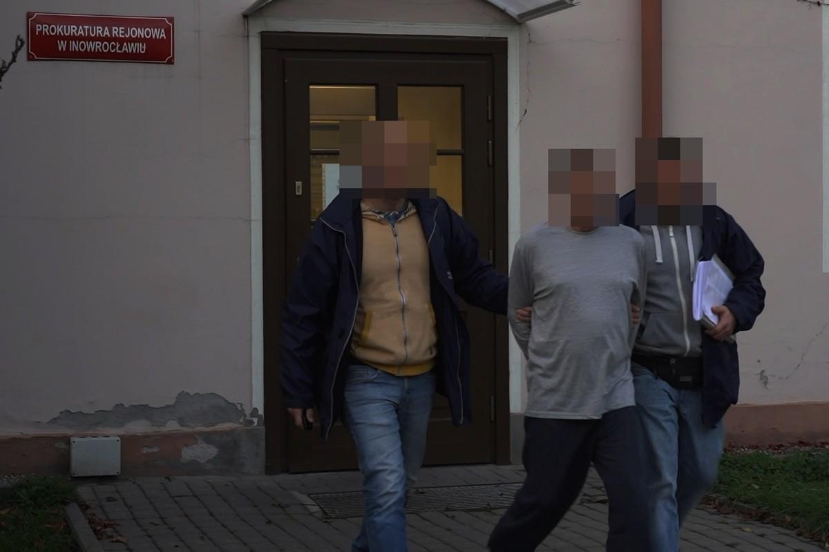 29-10-2019_ pożar Orłowska 6 Inowrocław - zatrzymanie podejrzanego - MR