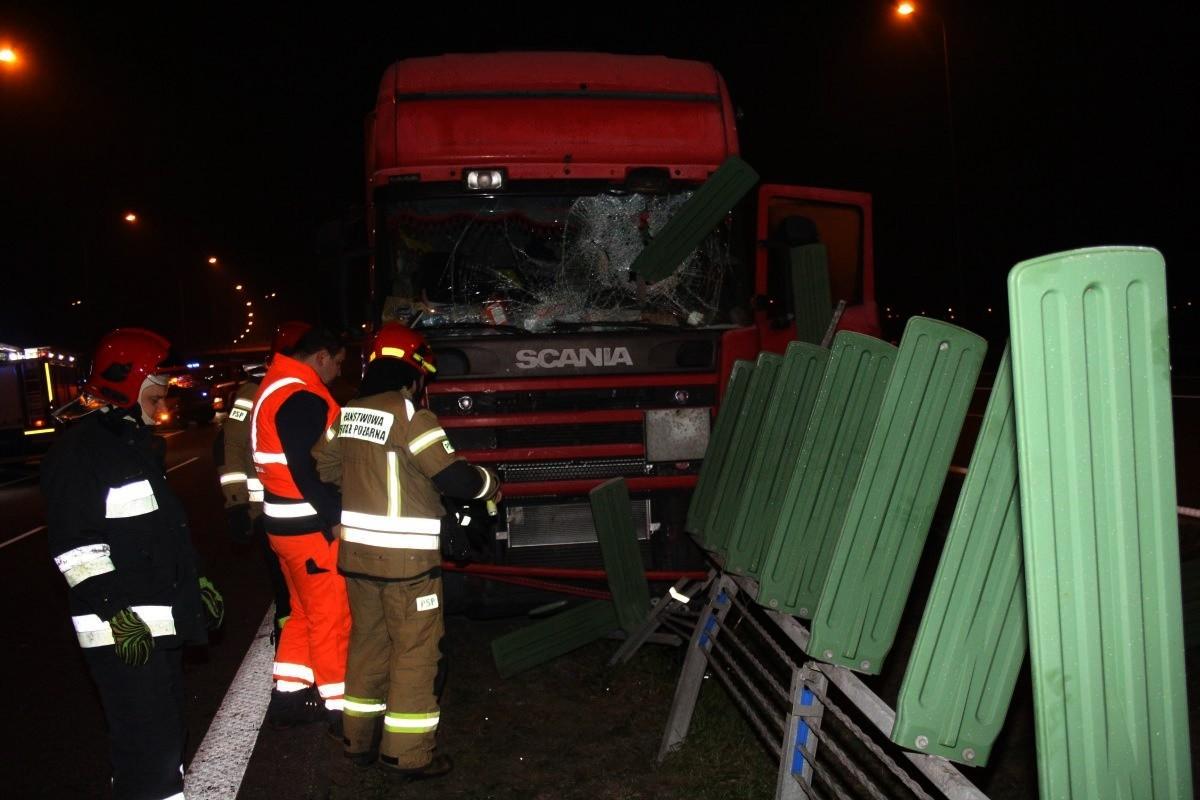 30-10-2019_ wypadek autostrada A1 Grudziądz - KMP Grudziądz (2)