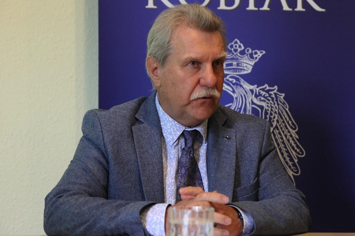 Andrzej Kobiak - SF