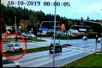 policja_monitoring_armii_krajowej_zamczysko_101019_KWPBydgoszcz