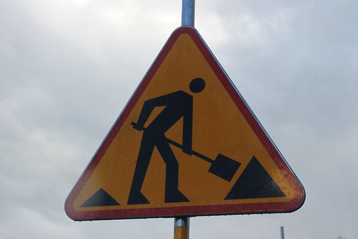 znak - roboty drogowe - SF