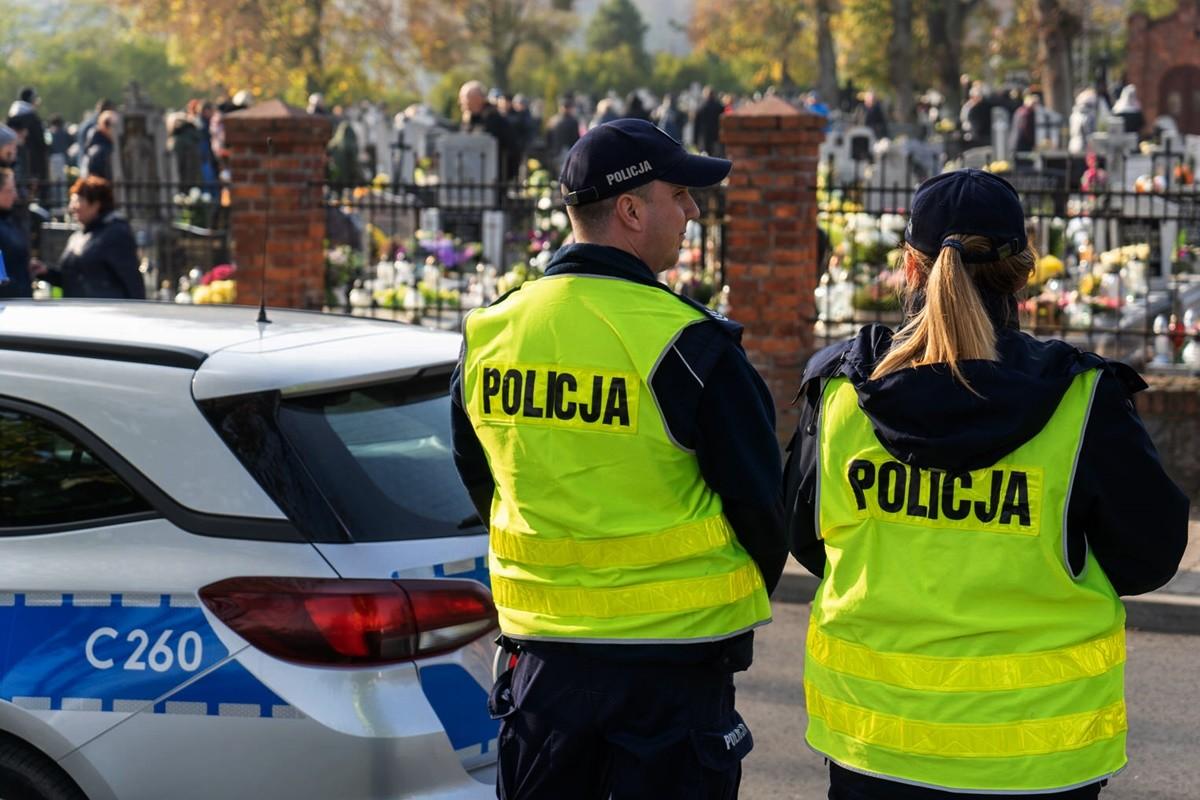1-11-2019_ policja, akcja Znicz 2019 - KWP Bydgoszcz (5)
