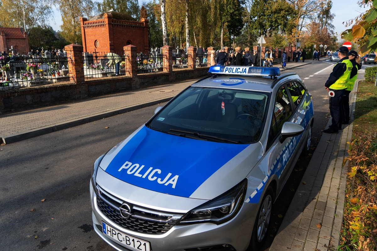1-11-2019_ policja, akcja Znicz 2019 - KWP Bydgoszcz (7)