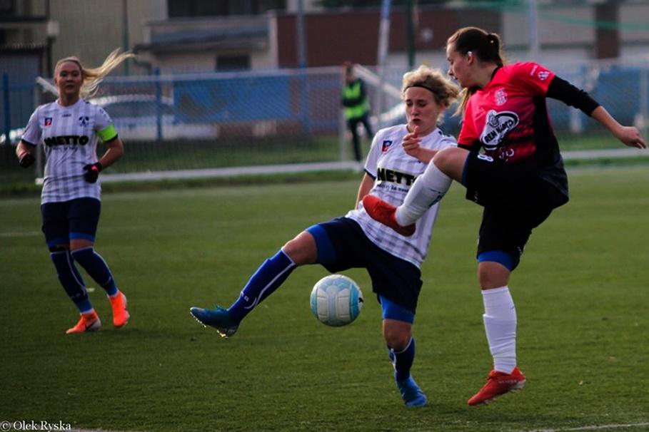 17-11-2019_ piłka nożna, Ekstraliga kobiet_ KKP Rem-Marco Bydgoszcz - Olimpia Szczecin_ AR-10