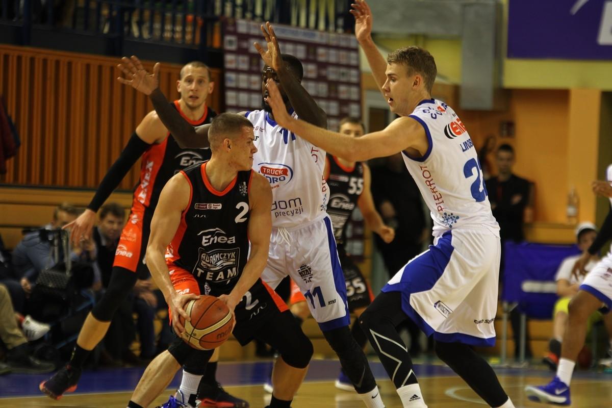 2-11-2019_ koszykówka, Energa Basket Liga_ HydroTruck Radom - Enea Astoria Bydgoszcz - Mateusz Zębski, Obie Trotter - SF