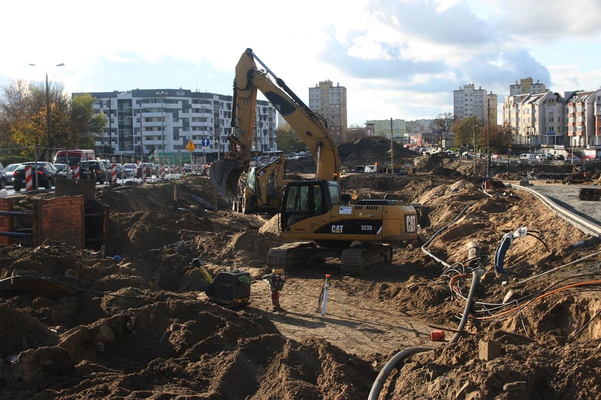 29-10-2019_ budowa linii tramwajowej - rondo Kujawskie Bydgoszcz - SF (23)