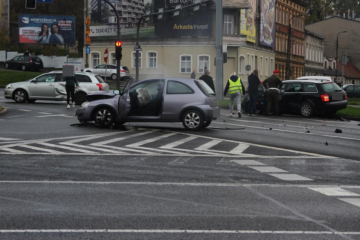 5-11-2019_ wypadek plac Poznański Bydgoszcz - SF (1)
