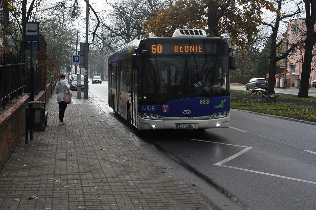 Autobus - linia 60, kierunek Błonie_ plac Weyssenhoffa - SF-1