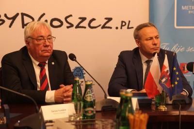 Wojciech Sypniewski, Rafał Bruski - SF-1