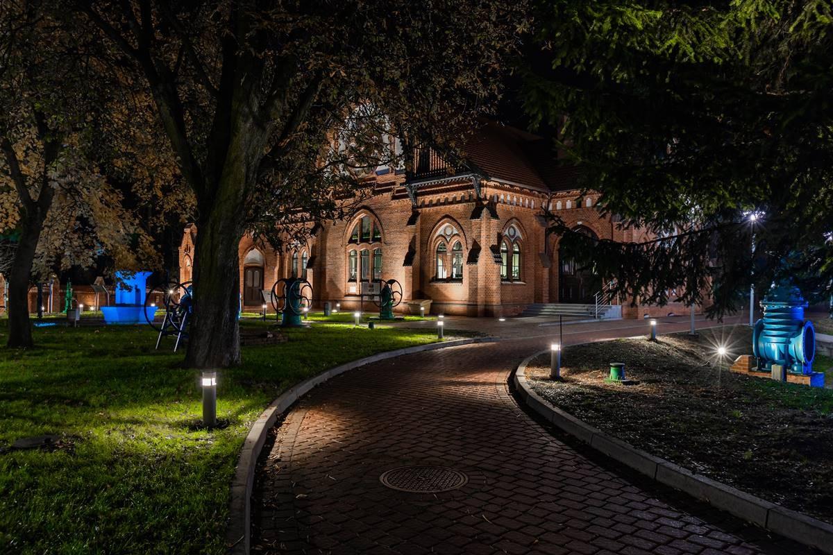 """02.11.2018. Bydgoszcz. Festiwal Muzyki Kameralnej """" Muzyka u Źródeł """" Koncert Dawida Lubowicza - Inside . Fot. Arkadiusz Wojtasiewicz"""