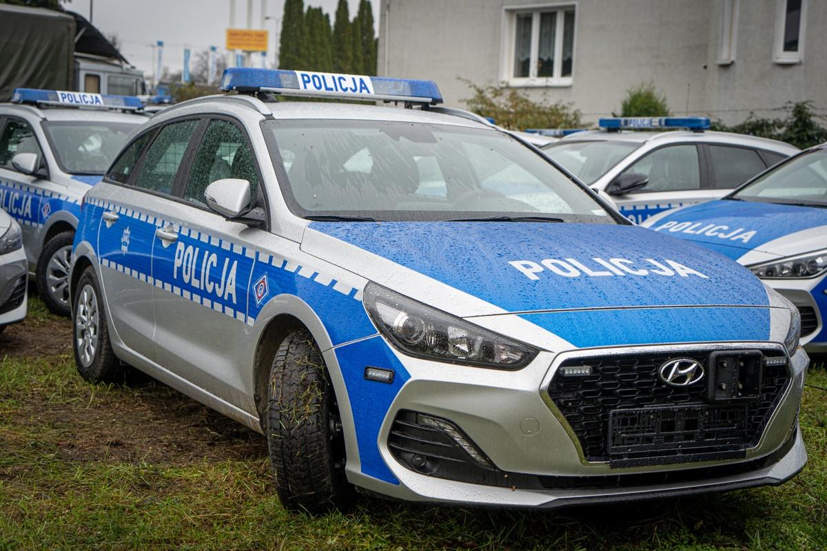 POLICJA NOWE RADIOWOZY