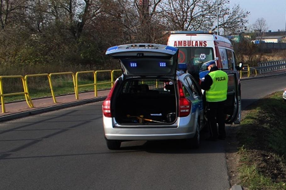 policja, ambulans - na sygnale - KMP Włocławek