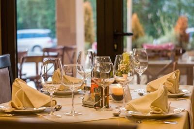 restaurant- pixabay