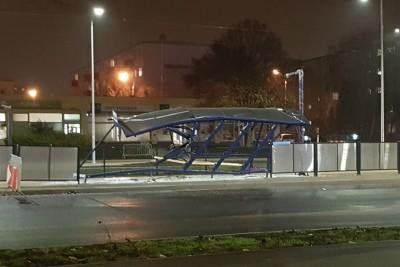 zniszczony_przystanek_wojska_polskiego_wyzyny_ED