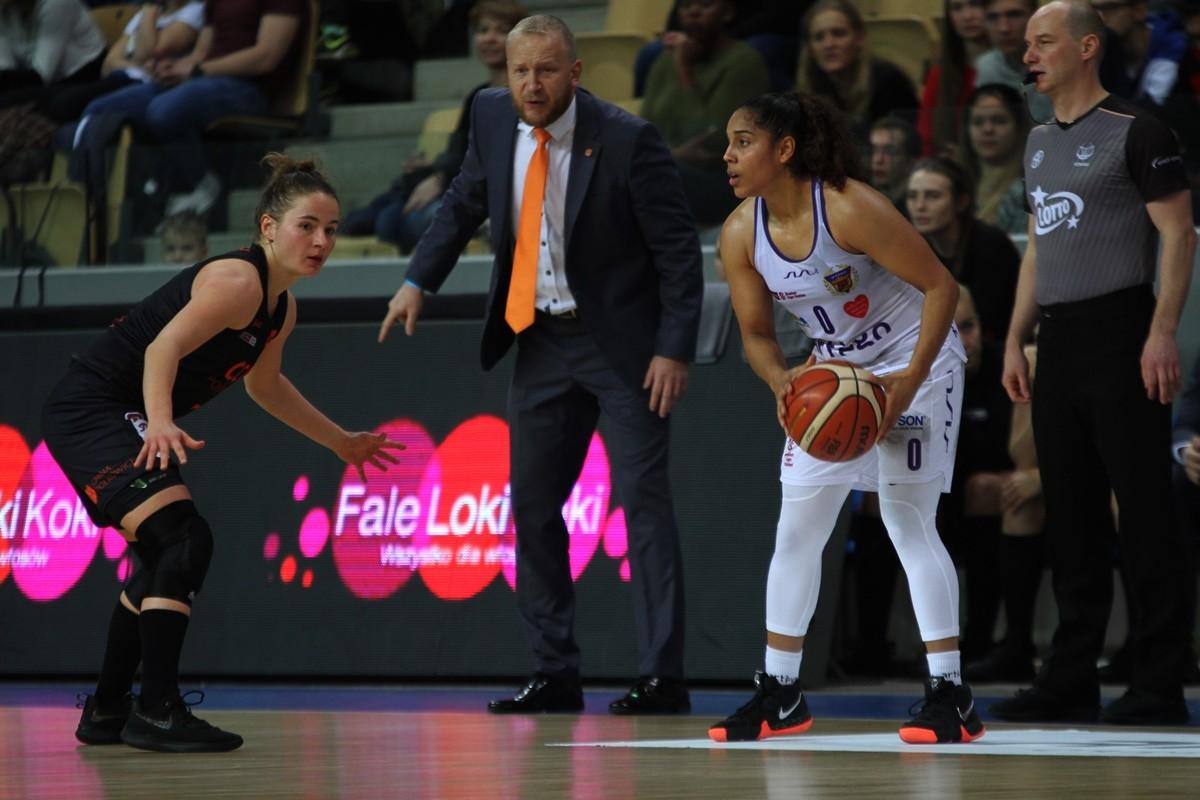 1-12-2019_ koszykówka, Energa Basket Liga_ Artego Bydgoszcz - CCC Polkowice - SF (10)