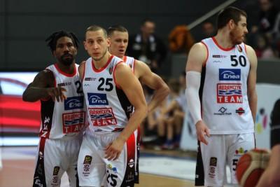 7-12-2019_ koszykówka, Energa Basket Liga_ Enea Astoria Bydgoszcz - PGE Spójnia Stargard_ AJ Walton, Michał Nowakowski, Mateusz Zębski, Adam Kemp - SF