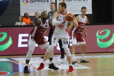 7-12-2019_ koszykówka, Energa Basket Liga_ Enea Astoria Bydgoszcz - PGE Spójnia Stargard_ Adam Kemp - SF