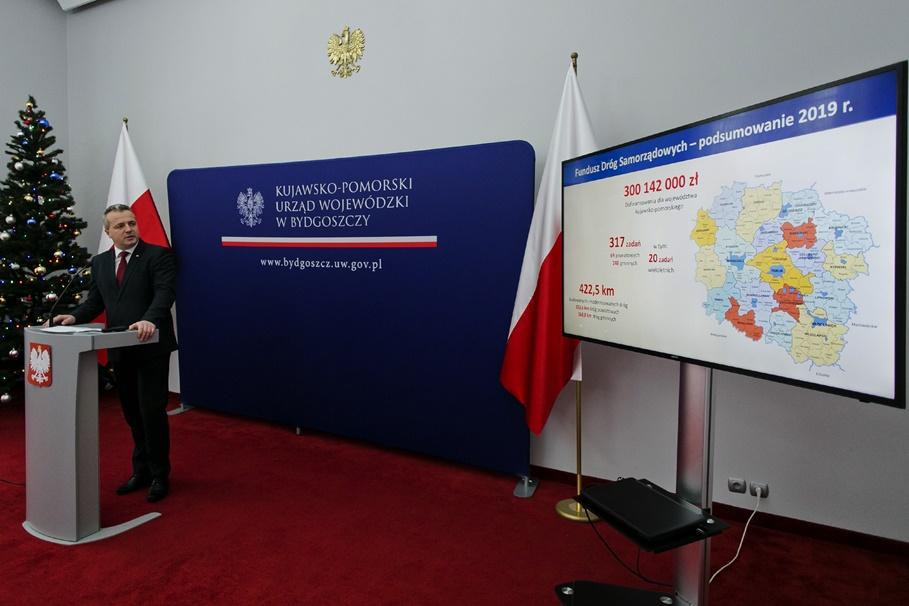 Mikołaj Bogdanowicz_konferencja_Fundusz Dróg Samorządowych_Jacek Nowacki-KPUW