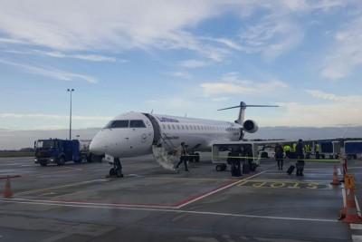 lotnisko lufthansa samolot ST