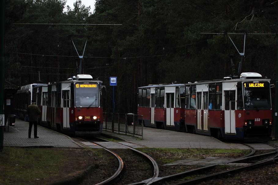 pętla tramwajowa Las Gdański_tramwaje - linia 1_Wilczak, linia 2_Wyżyny, linia 10_Niepodległości - SF