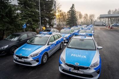 policja kwp bydgoszcz nowe radiowozy samochody  (1)
