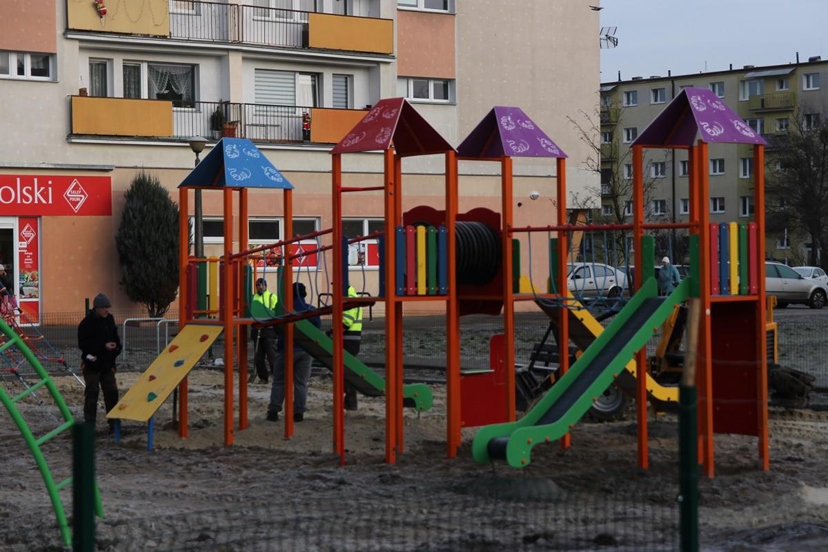 2-01-2020_ plac zabaw-Skwer 16 Pułku Ułanów Wielkopolskich_ Błonie Bydgoszcz - SF (9)
