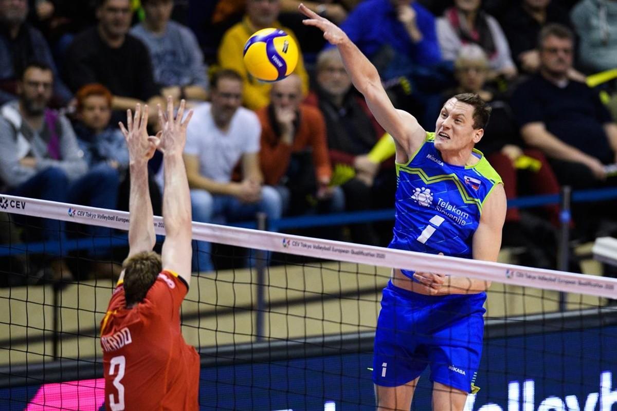 5-01-2020_siatkówka-Europejski Turniej Kwalifikacyjny-Berlin,Max-Schmelling Halle - Słowenia-Belgia_ Toncek Stern, Sam Deroo_ cev.eu