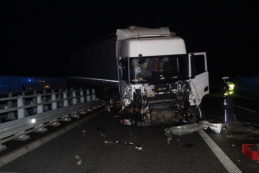 wypadek_autostrada_A1_Kowal_080120_001_KMPWloclawek